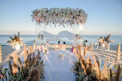 Hình ảnh lộng lẫy của đám cưới tỷ phú Ấn Độ diễn ra tại JW Marriott Phu Quoc Emerald Bay tháng 3/2019