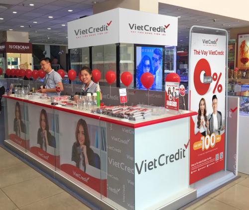 Một điểm đăng ký thẻ lưu động của VietCredit. Thông tin liên hệ: hotline19006515 hoặc tại đây.