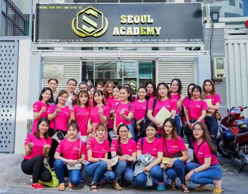 Các học viên tại Seoul Academy.