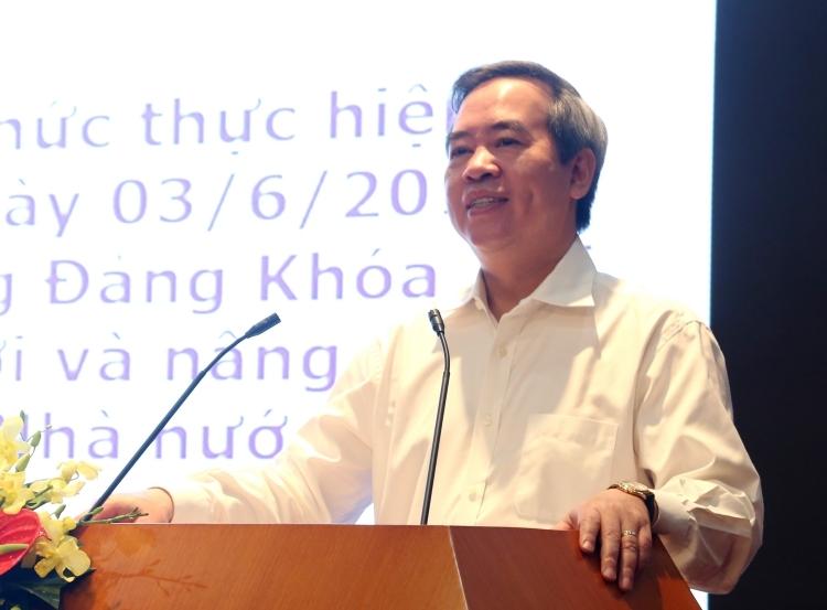 Trưởng ban Kinh tế Trung ương Nguyễn Văn Bình.