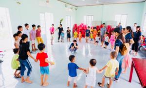 Khăn giấy Pulppy tổ chức trung thu cho trẻ em mồ côi