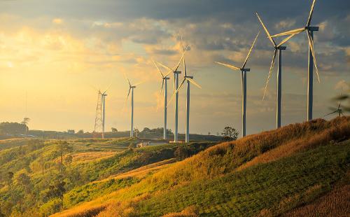 Bình Thuận sở hữu tiềm năng phát triển công nghiệp năng lượng từ năng lượng tái tạo điện gió ngoài khơi.