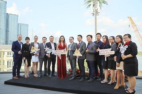 Alpha Star Club hứa hẹn là nơi quy tụ các chuyên viên tư vấn bất động sản uy tín, chuyên nghiệp trên thị trường.