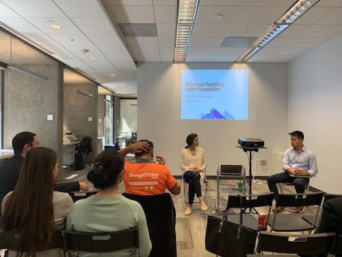 Phần làm việc của startup Việt tại Republic - đơn vị cung cấp nền tảng đầu tư cho startup, trụ sở tại Silicon Valley, nhà tài trợ của Techfest Vietnam 2019.