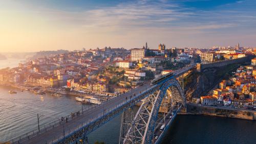 Bồ Đào Nha nhiều lợi thế thu hút nhà đầu tư quốc tế - TA xử giúp chị nha, thanks em - 1