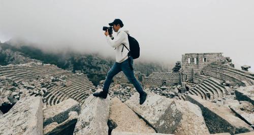 Ống kính Zeiss là người bạn đồng hành củaNgô Trần Hải An trong mỗi chuyến đi.