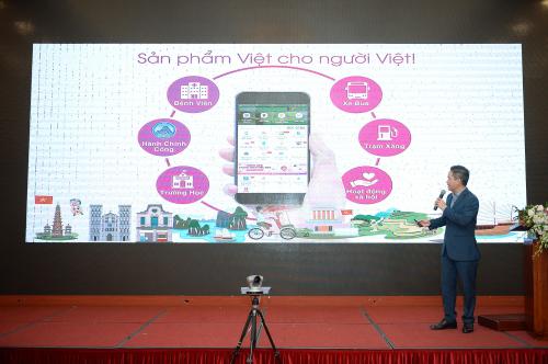 Ông Nguyễn Bá Diệp trình bày tham luận Ví điện tử MoMo và giải pháp thanh toán không tiền mặt trong lĩnh vực ytế tại hội nghị.