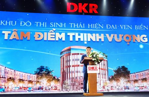 Ông Nguyễn Hoàng Sơn,Phó Tổng giám đốcKinh doanh - Tiếp thị DKR gửi lời tri ân tới quý khách hàng Nhơn Hội New City.