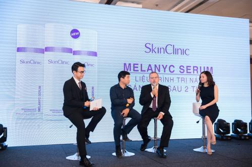 Talkshow trực tiếp giải đáp thắc mắc của khách hàng giữa Tiến sĩ - Bác sĩ Vũ Thái Hà và ông Cayetano về vấn đề sạm nám hiện nay.