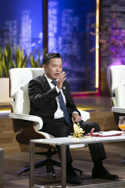 Shark Nguyễn Thanh Việt -Chủ tịch tổ hợp Y tế Phương Đông đề nghị đầu tư để cùng startup thử nghiệm sáng chế