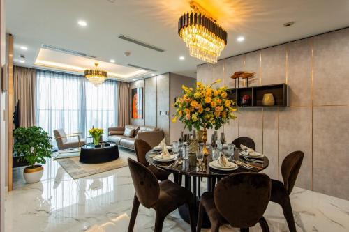 Bên trong căn hộ kiến trúc châu Âu Sunshine City Sài Gòn - 3