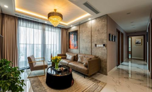 Bên trong căn hộ kiến trúc châu Âu Sunshine City Sài Gòn - 4