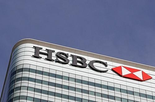 Logo HSBC trên một tòa nhà tại London. Ảnh: Reuters