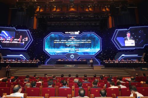 Sự kiện Industry 4.0 Summit 2019 vừa diễn ra tại Hà Nội.