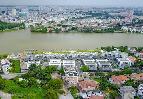 Những căn biệt thự tại Thảo Điền, TP HCM. Ảnh: Như Quỳnh