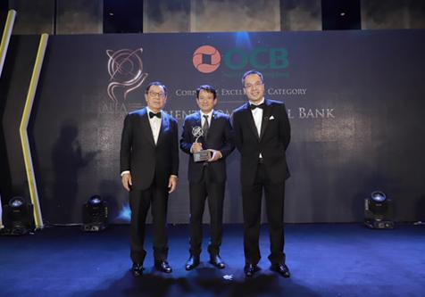 Ông Nguyễn Đình Tùng – Tổng Giám đốc OCB nhận giải thưởng Doanh nghiệp xuất sắc khu vực châu Á - Thái Bình Dương