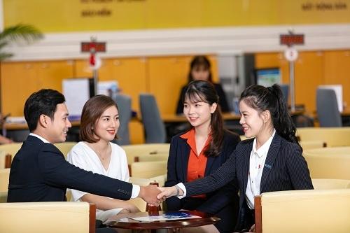Sacombank hiện triển khai đa dạng sản phẩm dịch vụ cùng nhiều ưu đãi cho khách hàng doanh nghiệp.