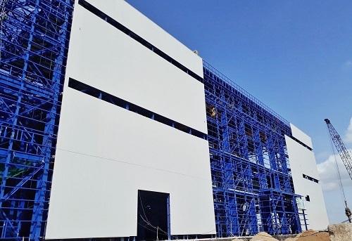 Nhà máy nhiệt điện Long Phú (Sóc Trăng) sử dụng vật liệu panel cách nhiệt.