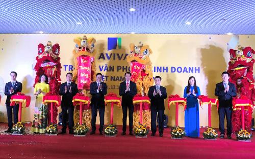 SỰ kiện ra mắt văn phòng mới tại Hà Nội.
