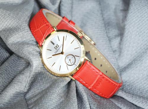 Đồng hồ là món quà ý nghĩa dịp 20/10.
