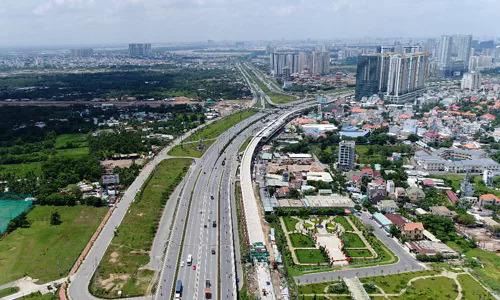 Thị trường bất động sản TP HCM. Ảnh: Trần Quỳnh.