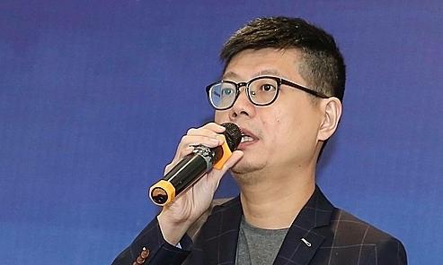 Ông Bernard Tay phát biểu tại sự kiện sáng 17/10. Ảnh: AGS