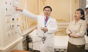 Bệnh viện Gia An 115 đón Phó thủ tướng Chính phủ Hoàng Gia Campuchia đến thăm