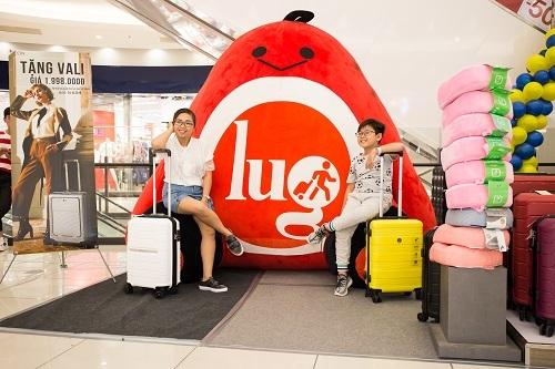 Xuất hiện Mascot LUG khổng lồ tại AEON Tân Phú