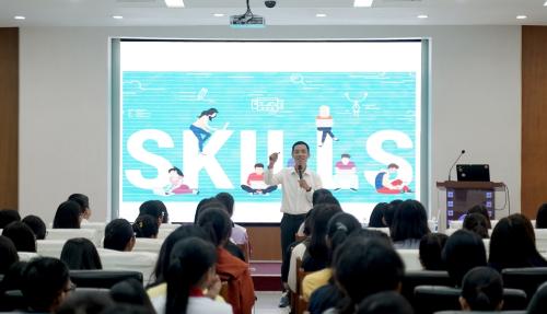 Anh Nguyễn Thành Hưng, đại diện Acecook Việt Nam chia sẻ về bộ kỹ năng 5C.