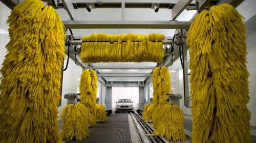 Trạm rửa xe tự động tại những nước phát triển.