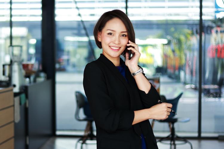 Khách hàng đến chi nhánh, phòng giao dịch gần nhất của Ngân hàng Bản Việt để đăng ký mở tài khoản để sở hữu gói tài khoản Thương nhân với nhiều tiện ích và ưu đãi. Hotline 1900555596.