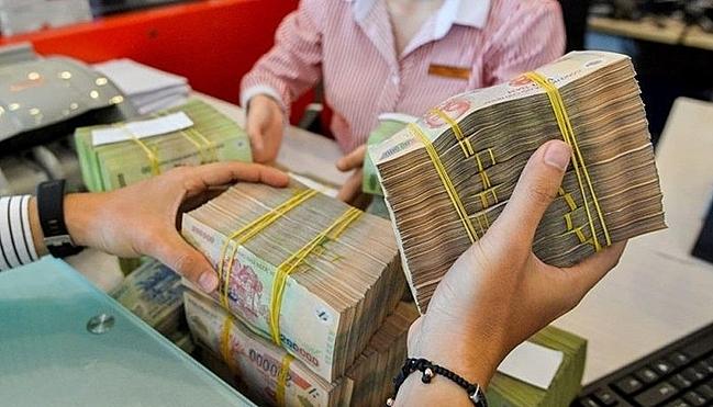 Năm 2020, Chính phủ dự kiến huy động thêm gần 500.000 tỷ đồng để cân đối ngân sách, bù đắp chi tiêu.  Ảnh: PV