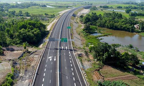 Chính phủ dồn lực làm sân bay Long Thành, cao tốc Bắc - Nam