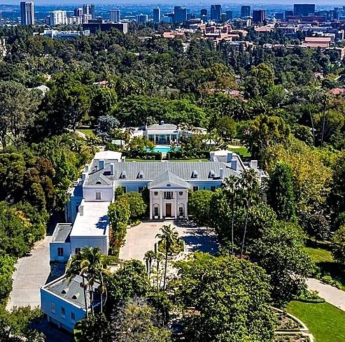 Casa Encantada nhìn từ trên cao. Ảnh: Simon Berlyn