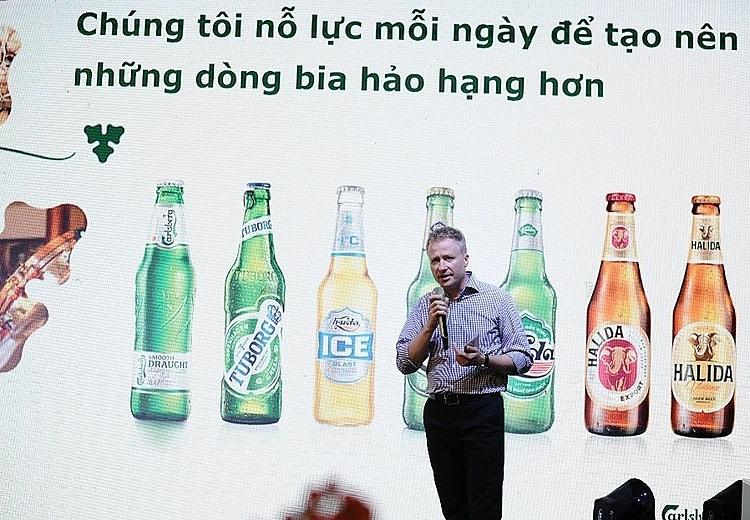Ông Imantas Cepulis chia sẻ nền tảng khoa học đã giúp Carlsberg tạo ra những dòng bia chất lượng.