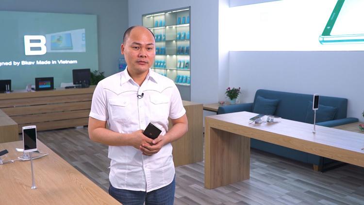 Nguyễn Tử Quảng trên kênh truyền hình CNN.