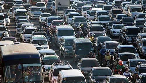 Một cảnh tắc đường tại Manila (Philippines). Ảnh: ABS-CBN News