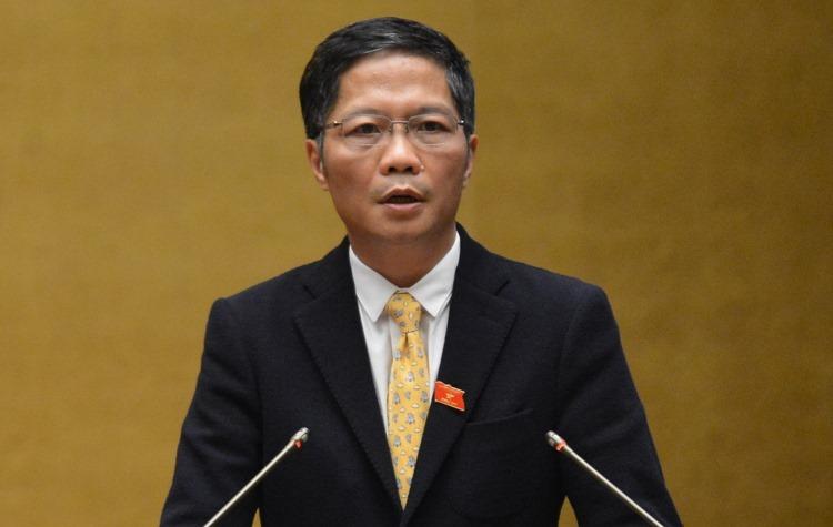 Bộ trưởng Công Thương Trần Tuấn Anh trả lời chất vấn Quốc hội. Ảnh: Ngọc Thắng.