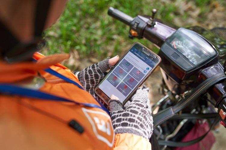 Ứng dụng công nghệ đảm bảo theo dõi hàng hóa theo thời gian thực.