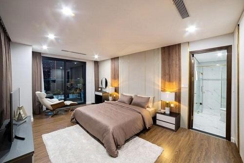 Bên trong một căn hộ dự án đã bàn giao đầy đủ nội thất.