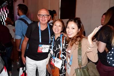 (Ảnh: Ngọc Anh và Remo sáng lập viên TEDxSydney, cộng đồng TEDx lớn nhất khu vực Châu Á Thái Bình Dương với hơn 5000 người tham dự mỗi buổi nói chuyện)