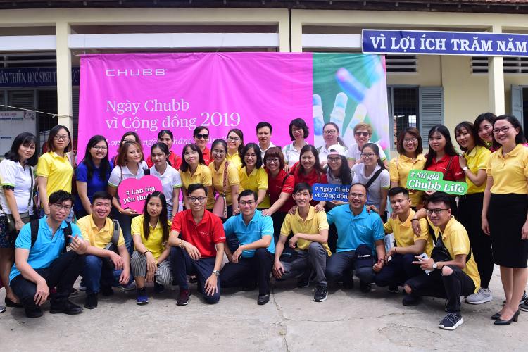 Cán bộ nhân viên Chubb Việt Nam tham gia Ngày vì Cộng đồng 2019. Ảnh: Chubb Life Việt Nam.
