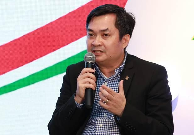 Ông Trương Quang Nhật - Phó tổng giám đốcTập đoàn Xây dựng Hòa Bình chia sẻ cảm nghĩ tại buổi họp báo