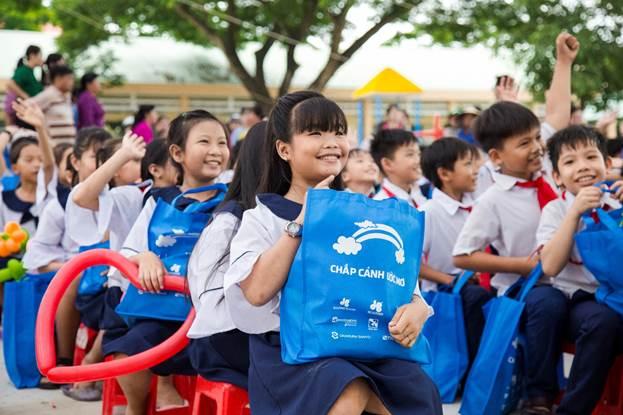 Quỹ hỗ trợ giáo dục Lê Mộng Đào chắp cánh ước mơ cho những em học sinh nghèo vượt khó.