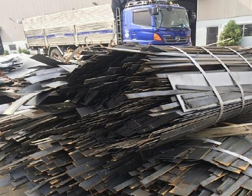 Việt Đức chuyên mua phế liệu như nhôm, đồng, inox, sắt thép, chì, niken, hợp kim...