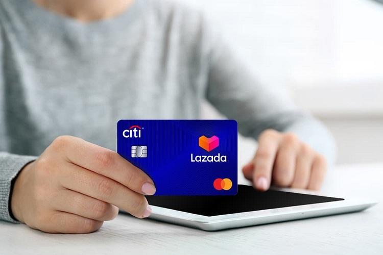 Thẻ tín dụng Lazada Citi Platinum chú trọng ưu đãi cho người mua hàng trên trang thương mại điện tử Lazada.
