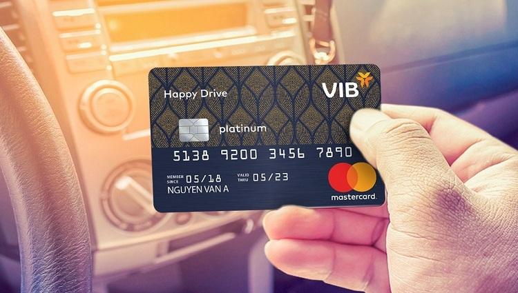 Thông tin chi tiết của các ưu đãi xem tại www.vib.com.vn hoặc liên hệ quầy tư vấn của VIB tại sân golf Tân Sơn Nhất (TP HCM) trong ngày diễn ra BMW Golf Cup International - Vòng chung kết Việt Nam hôm 16/11.