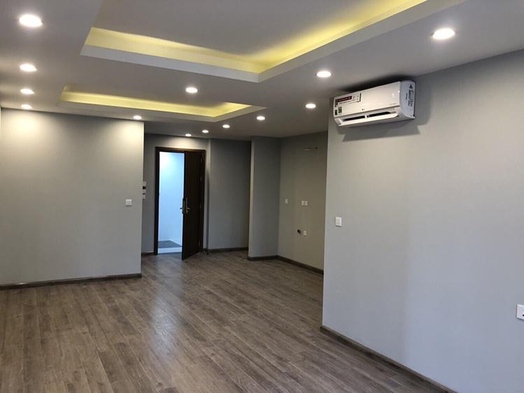 Bên trong căn hộ Hud Building Nha Trang đang hoàn thiện nội thất.