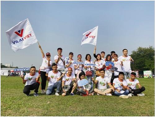 Ban lãnh đạo và nhân viên công ty Vilai Việt tham dự sự kiện.