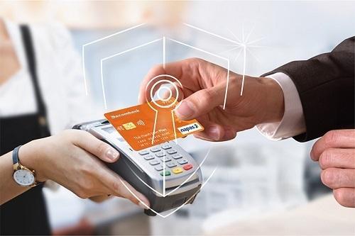 Thông tin chi tiết liên hệ hotline 1900 5555 88 hoặc 028 3526 6060, truy cập website khuyenmai.sacombank.com và đăng ký thẻ online tại đây.